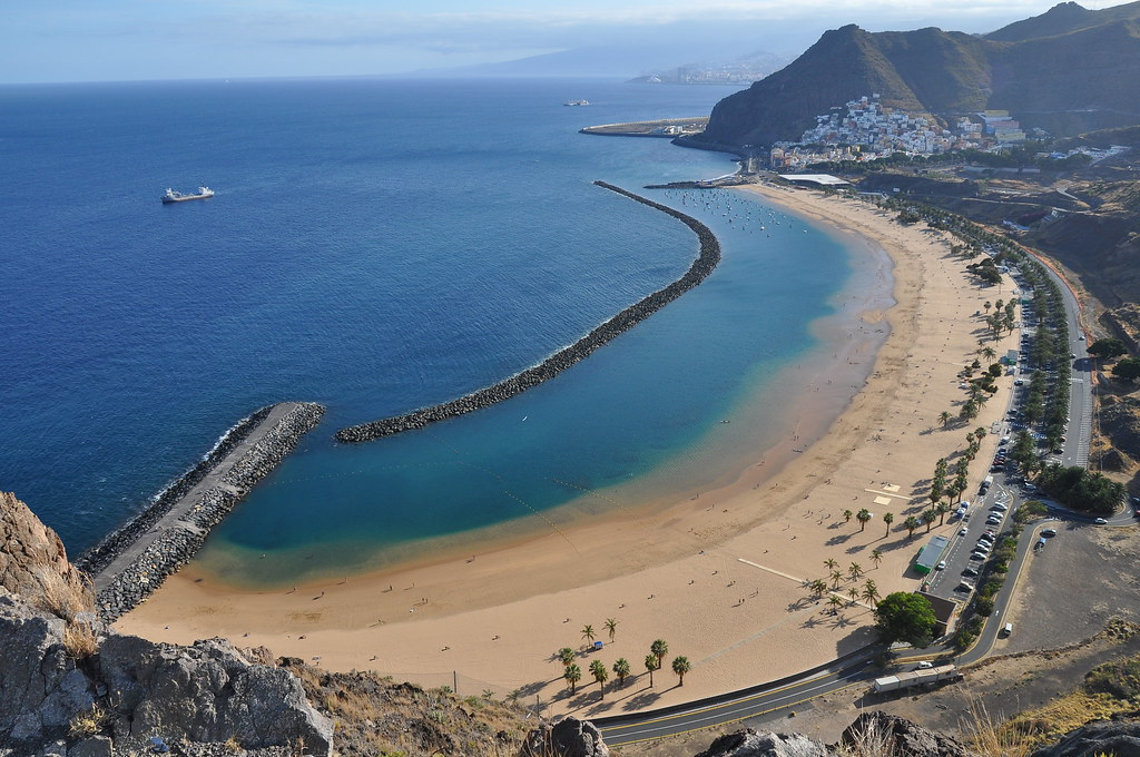 тенерифе Playa de las Teresitas