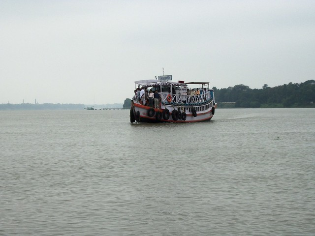 Ferry Between Naihati And Chinsurah | Flickr - Photo Sharing!
