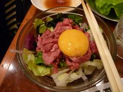 produce(0.0), meal(1.0), lunch(1.0), salad(1.0), meat(1.0), steak tartare(1.0), food(1.0), dish(1.0), cuisine(1.0),