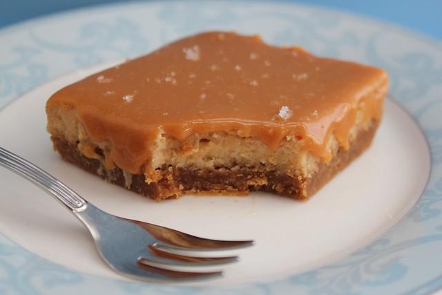 Salted Caramel Dulce de Leche Cheesecake Bars | Salted Caram ...