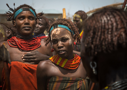 Women dancing during the proud ox ceremony in the Dassanech tribe, Turkana County, Omorate, Ethiopia