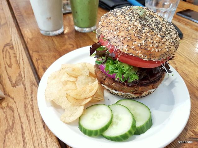 BBQ Black Bean and Chickpea Burger