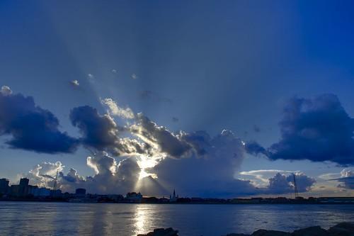 neworleans mississippiriver mississippiriverlevee go4thontheriver darktable sunset clouds