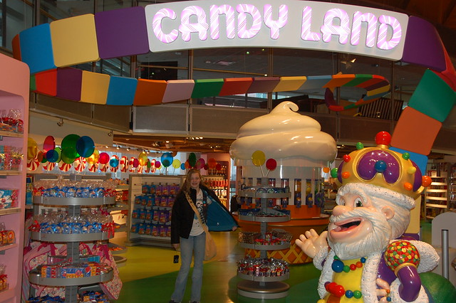 Candyland at toys r us flickr photo sharing for Cuisinette toys r us