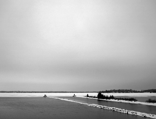 canada fenelonfalls winter kawarthalakes cameronlake trentwaterway photo photography canon sd780is