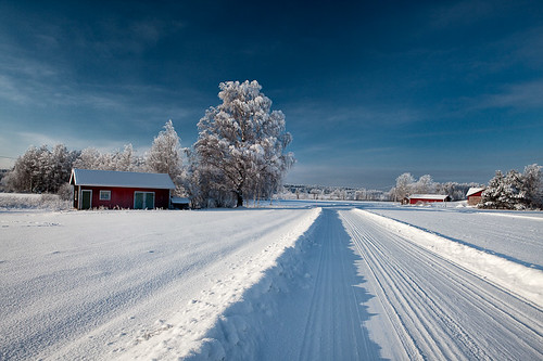 road blue winter snow finland sunny coth bej mywinners abigfave theunforgettablepictures flickrclassique