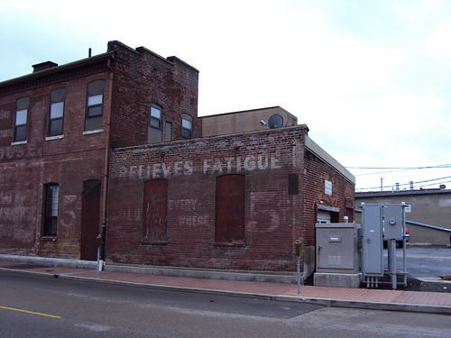 Relieves Fatigue - 5¢ Sold Everywhere - Belleville Illinois
