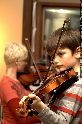 mother son violin duet
