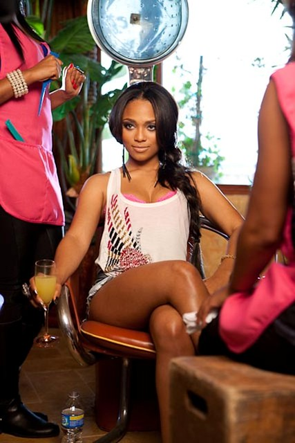 Teairra-Mari-Sponsor-Video-Shoot-4