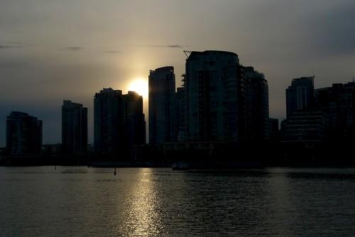 Vancouver skyline sillhouette
