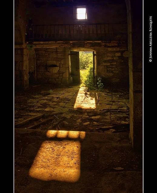 Igrexa abandoada en Chacín