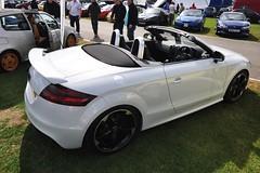 executive car(0.0), family car(0.0), auto show(0.0), automobile(1.0), automotive exterior(1.0), wheel(1.0), vehicle(1.0), automotive design(1.0), rim(1.0), audi tt(1.0), bumper(1.0), land vehicle(1.0), luxury vehicle(1.0), coupã©(1.0), sports car(1.0),