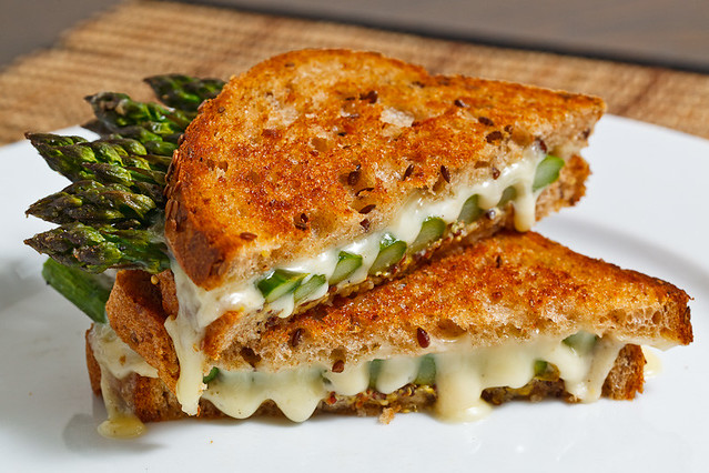 Roasted Asparagus Grilled Cheese Sandwich | Recipe on ...