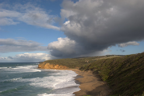 Great Ocean Road (Bells Beach?)