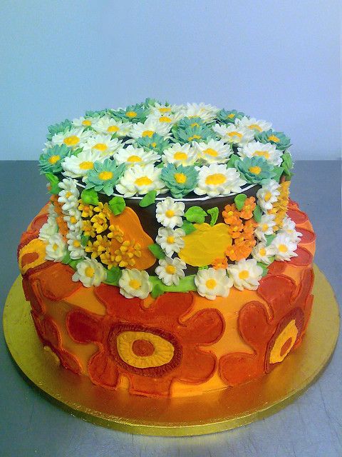 1970's themed cake