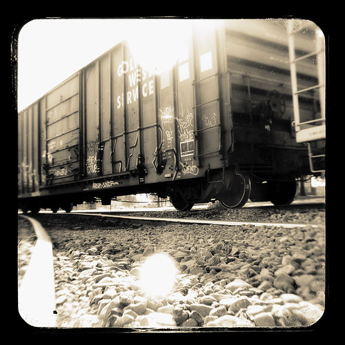 california railroad sun macro tlr train canon vintage woodland photography rocks kodak traintracks boxcar dslr hobo duaflex twinlens ttv throughtheviewfinder kodakduaflex