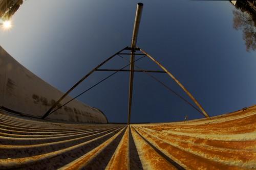 blue sunset sky vanishingpoint rust katy silo corrugatedmetal katytexas ricesilo