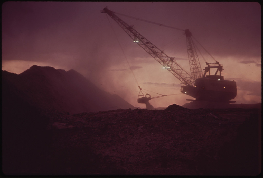 Strip Mining Rig.