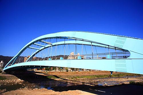 23J2三峽八安大橋