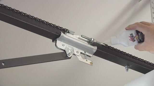 Liquid Wrench Chain Lubricant Garage Door Flickr