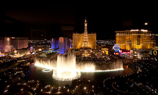 Bellagio Fountains night