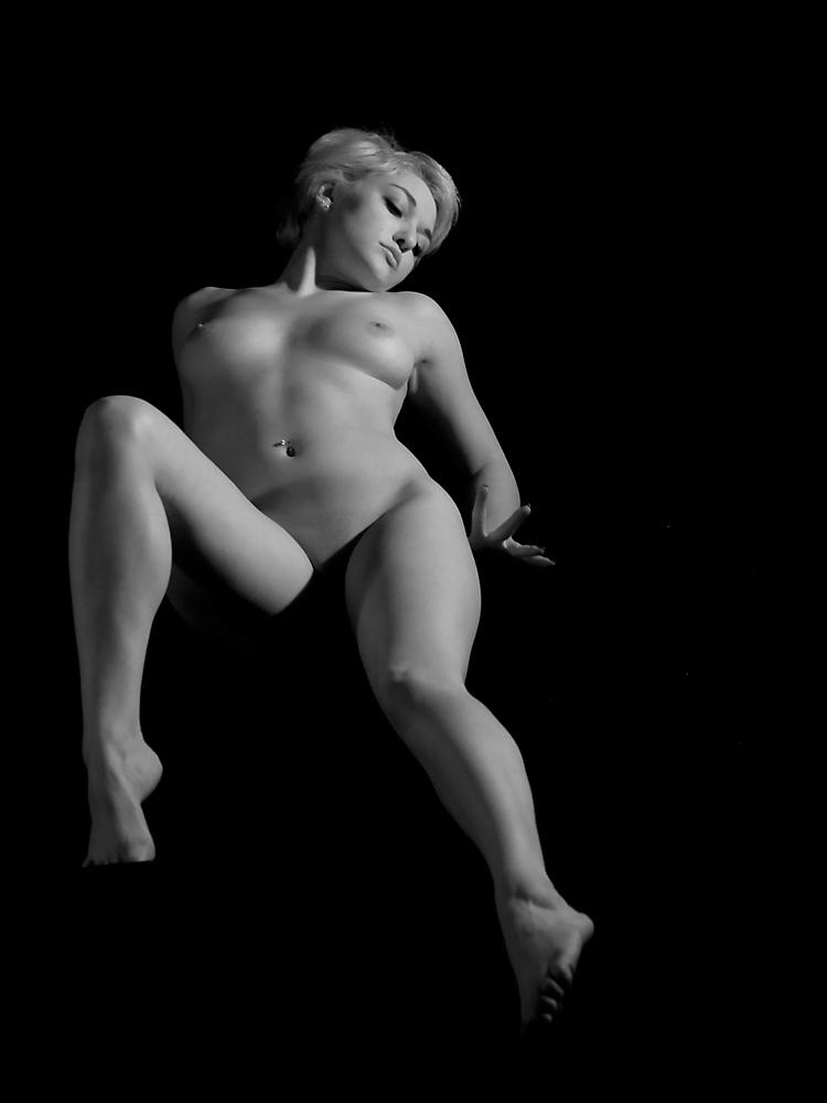 Nude Best Mayhem Model