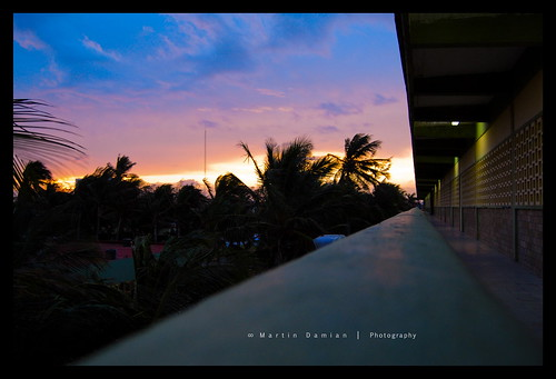school sky clouds sunrise mexico nikon palm amanecer nubes escuela veracruz palmera tecnologico d40x martindamian icexmaker
