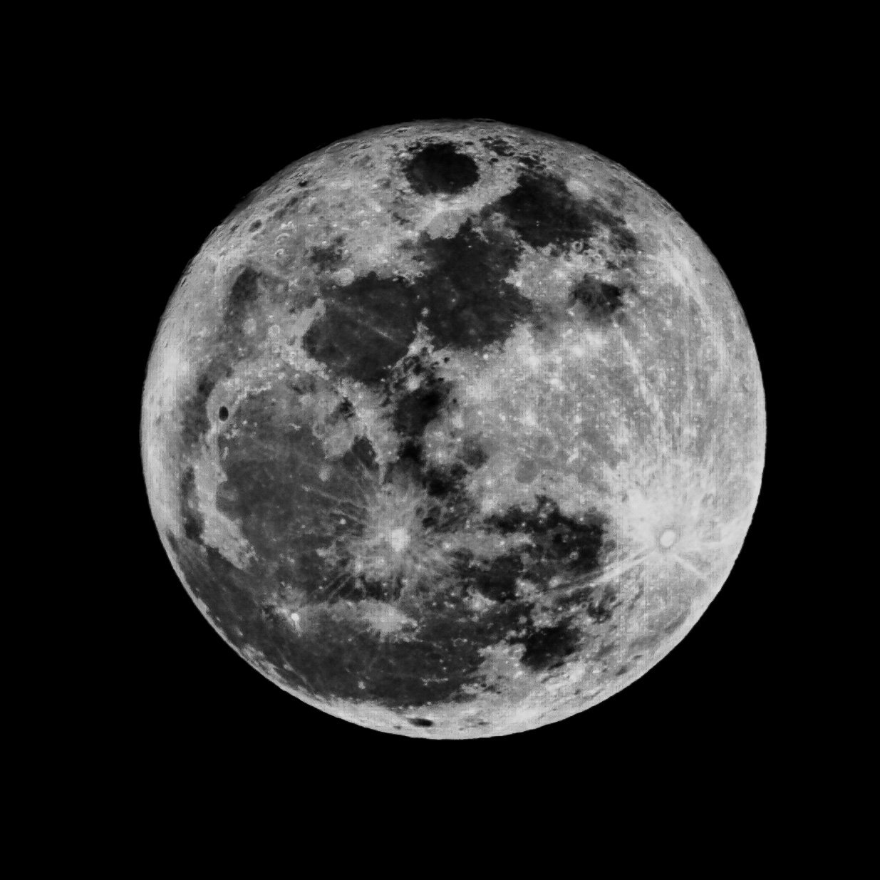 Black and white moon pictures 13