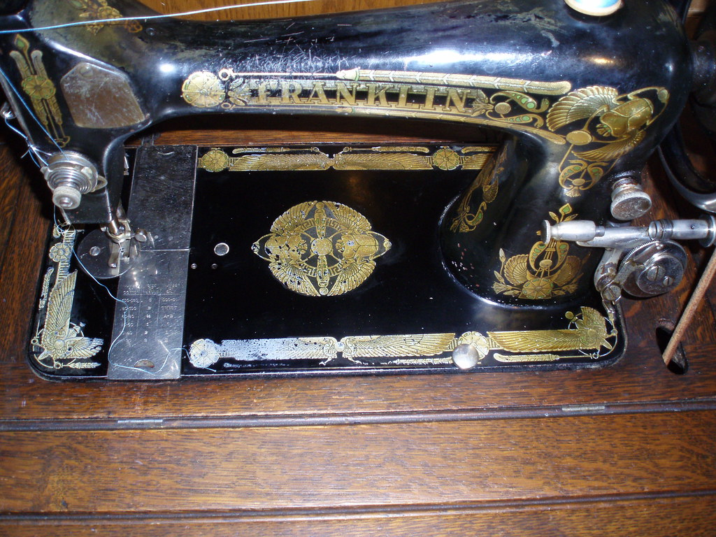 Vibrating Shuttle Franklin Sewing Machine