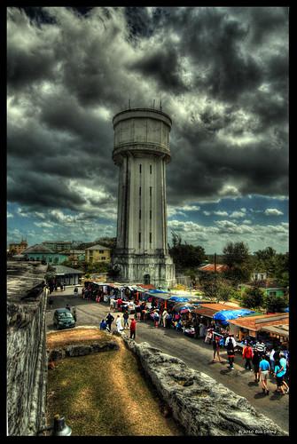 watertower bahamas nassau hdr fortfincastle 3exp topazadjust