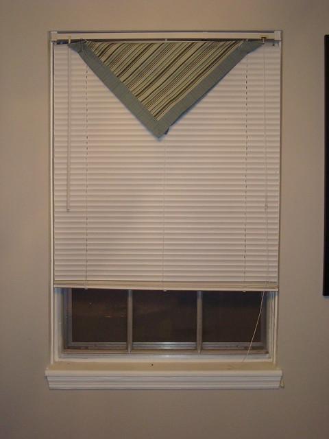 Mom's Window Valance
