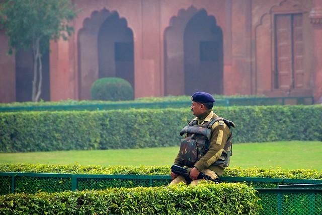 Armed Guard - Taj Mahal
