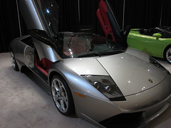 lamborghini reventã³n(0.0), lamborghini gallardo(0.0), automobile(1.0), lamborghini(1.0), vehicle(1.0), performance car(1.0), automotive design(1.0), lamborghini(1.0), land vehicle(1.0), luxury vehicle(1.0), lamborghini murciã©lago(1.0), supercar(1.0), sports car(1.0),