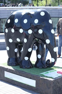 Elephant Parade # 12: Polka Dot