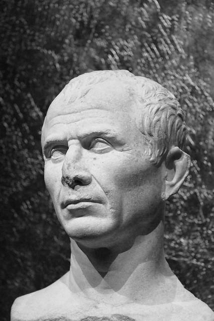 Julius Caesar, Arles