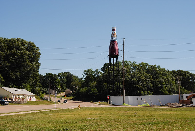World's Largest Catsup Bottle, Collinsville, IL