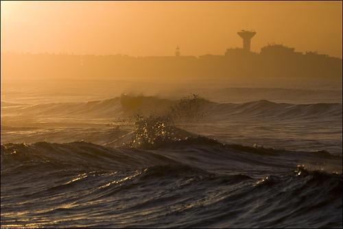 sea orange mer storm france yellow jaune sunrise leverdesoleil tempête languedocroussillon hérault lagrandemotte