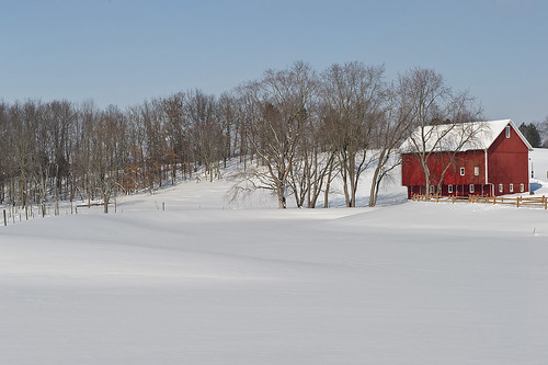 winter ohio red snow barn geotagged nikon raw nef farm cs4 canalfultonohio geotaggedohio d3s starkcountyohio nikkor2470 nikongp1 pse8