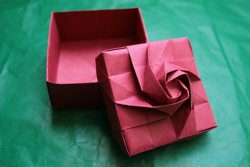 Rose Box by Shin Han Gyo