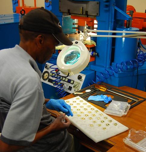 南非造币厂 - 六一儿童 - 译海拾蚌