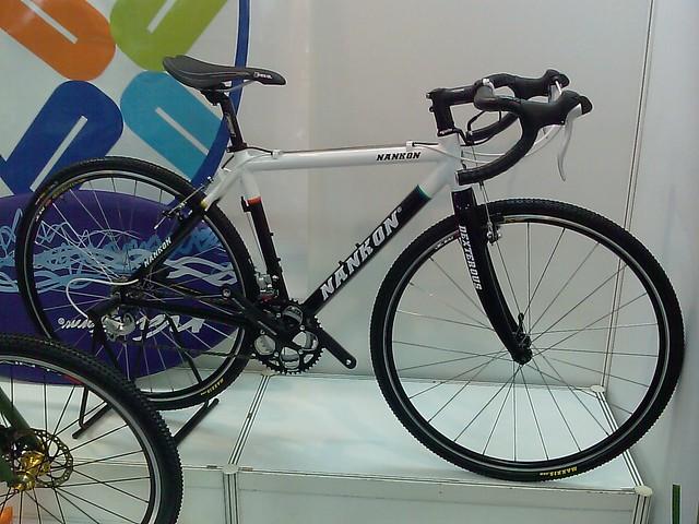 Nankon cyclocross bike