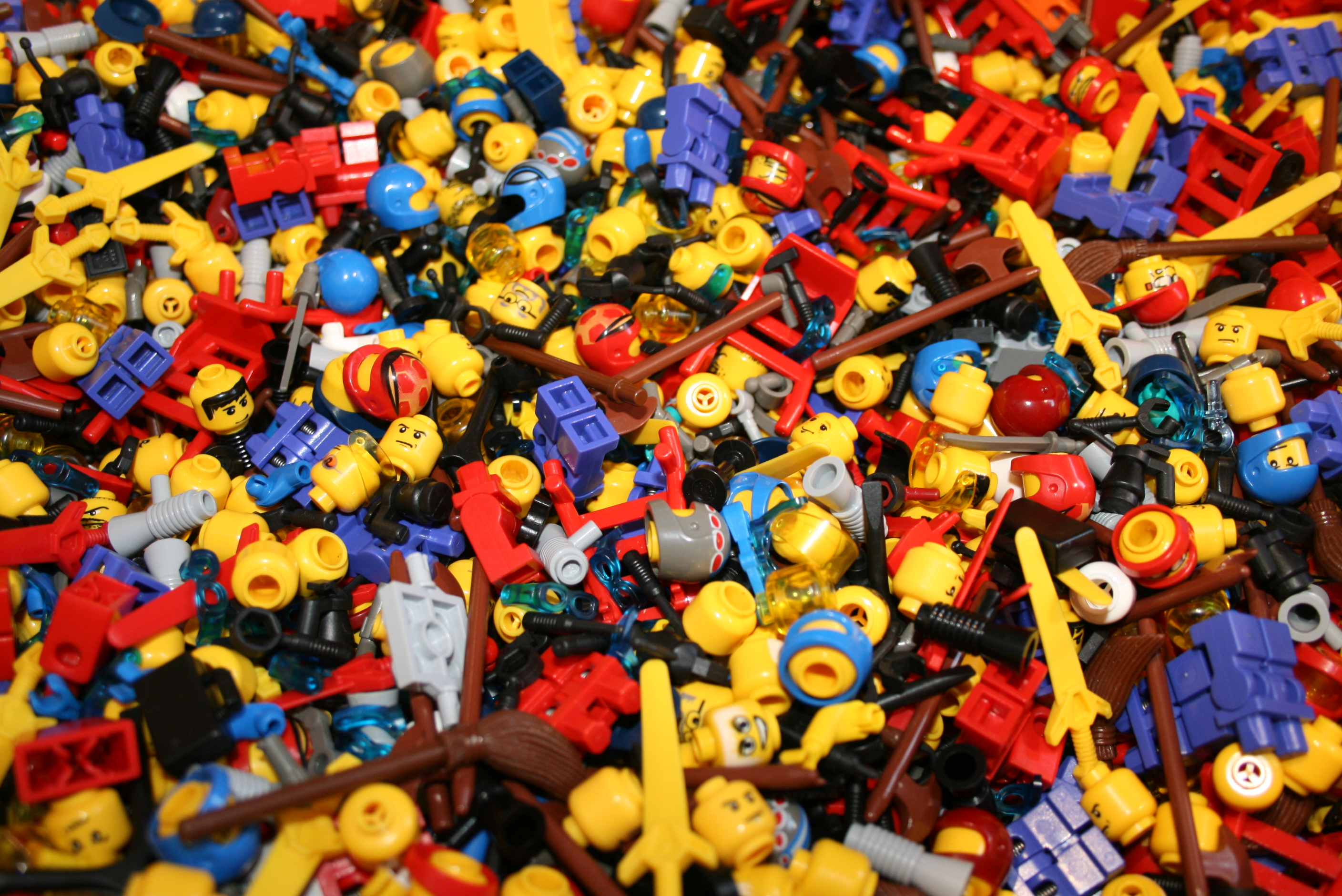 Building Toys From The 90s : Lego pile flickr photo sharing