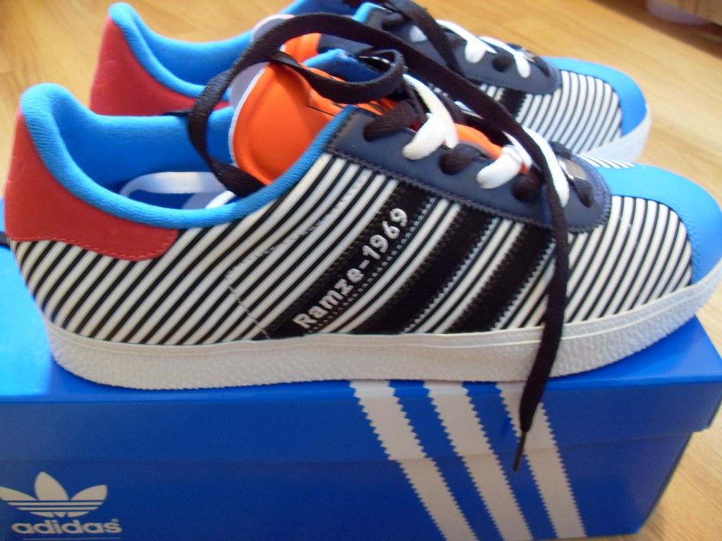 ... mi adidas Gazelle-Rze-69.6E00  861f6eaf9a96