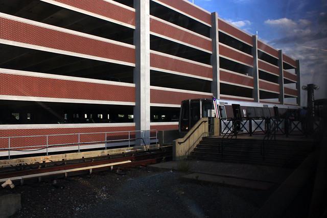 2010 06 08 8065 college park metro station flickr photo sharing. Black Bedroom Furniture Sets. Home Design Ideas