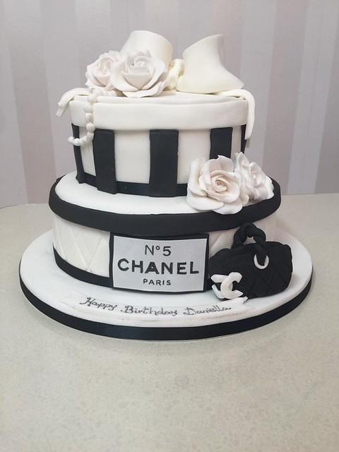 Cake by Yummy Mummys Bakery