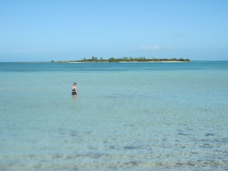 Image of Beach with a length of 991 meters. cruise vacation disney atlanticocean 2009 bahama disneycruise castawaycay