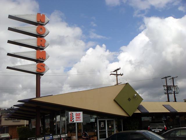 01g Norm's Restaurant - Facade (E)