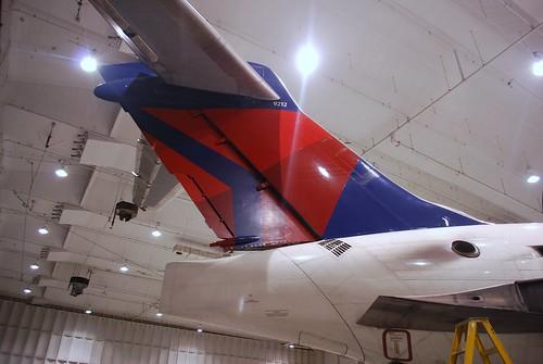 DELTA MD-90 N912DN