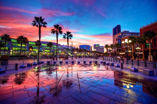 california pink sunset reflection sandiego palmtree gaslamp conventioncenter comiccon hdr hardrock gaslampquarter sandiegocomiccon