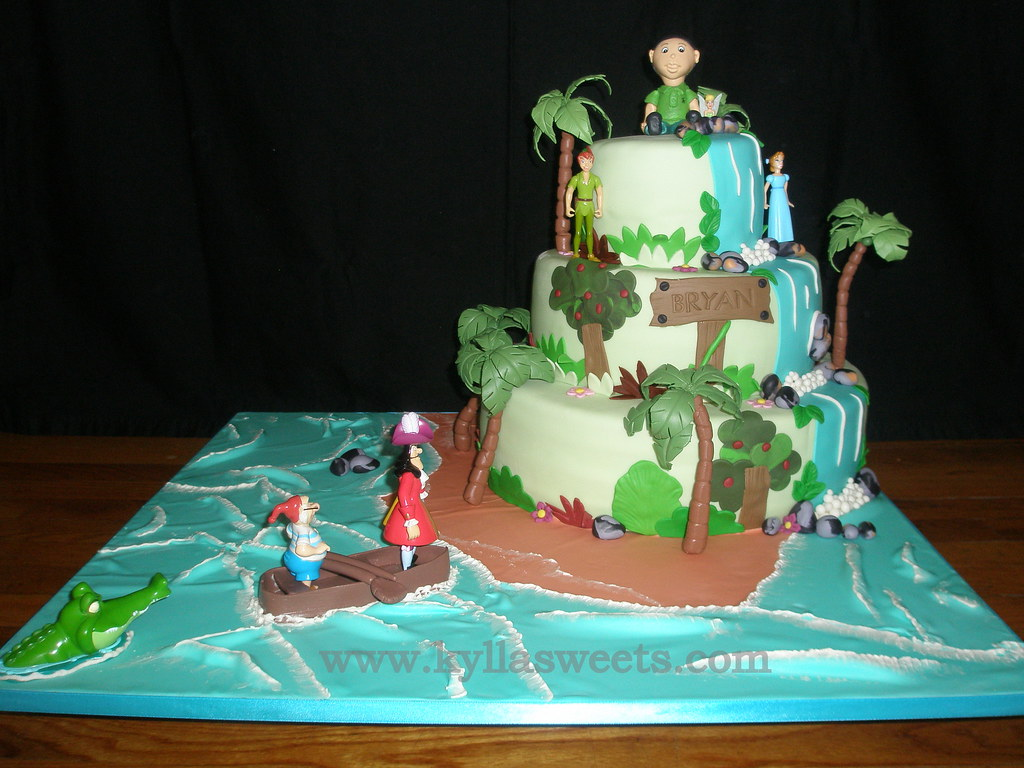Peter Pan And Tinkerbell Birthday Cakes